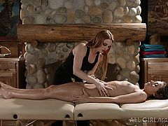 Jamie is a hot masseuse, who can turn on quickly her luscious companion. The naked slutty babe calmly enjoys the oilly massage. Click to watch the naughty blonde undressing, too. The atmosphere intensifies, as she begins to softly finger cunt and eat it with fervor.