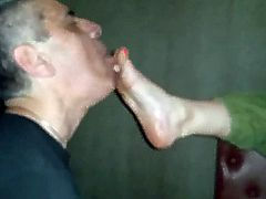 Dirty Foot Worship (foot party)