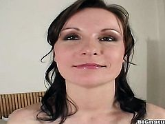Brunette Miriam cant live a day without fingering her vagina