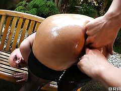 Joslyn James is an anal slut who knows what to do with Erik Everhards erect cock