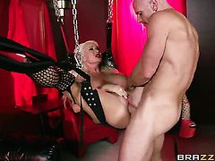 Johnny Sins buries his stiff boner in magically sexy Summer Brielles mouth