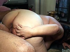 Kelly tastes cock, then lays down, spreading legs widely, to show her hairy cunt. Click to watch this chubby naked milf with big tits, getting her ass pumped hard, from behind. Enjoy the inciting hardcore scenes!