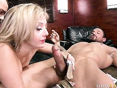 Blonde is getting an anal gangbang in a threesome