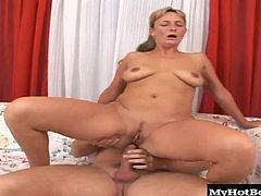 that bounce as shes on top of her lovers hard cock, taking a ride after she gives him a blowjob, while rubbing her clitoris for an orgasm. Next, she bends over and lets you check out her big booty, when hes drilling her asshole for a creampie, before she lets you watch it oozing back out.
