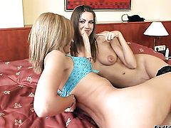 Nataly Von screams from endless orgasms after getting tongue fucked by her lesbian girlfriend Eufrat Mai