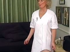 Aged Nurse close to Erotic undies has the Creamy shag