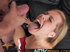Blonde Tara Lynn Foxx fucked by hard cock after she seduces the guy.