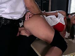Brooklyn Chase makes her anal fantasies a reality with her horny bang buddyBill Bailey
