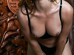 Heather Vandeven cant stop touching her pussy