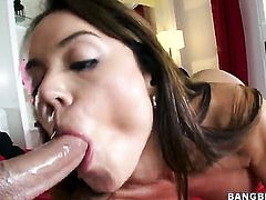 Chica Franceska Jaimes with big booty has fire in her eyes as she milks cum loaded worm of her gent