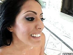 Brunette Kiara Marie giving him an awesome handjob