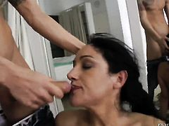 Incredibly hot porn girl Chris Diamond shows off her hot body as she gets her mouth fucked by Nacho Vidal
