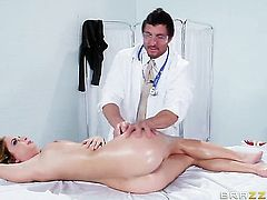 Mouth-watering porn diva Ashley Graham gets slam fucked in her wet spot by Tommy Gunn
