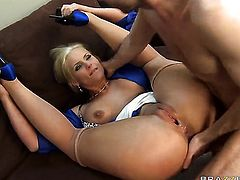 Phoenix Marie with big boobs is horny as hell and fucks with wild enthusiasm in anal porn action with James Deen