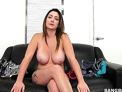 Tiffany Cross with juicy knockers enjoys rock solid love stick in her mouth