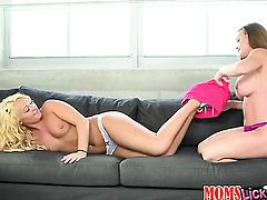 Blonde and Diamond Foxx are two dykes that have lesbian sex for the camera with wild passion