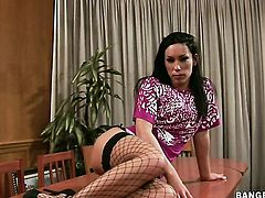 Angelic hottie Mya Diamond has fire in her eyes while sucking mans stiff meat stick