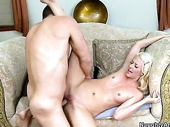 Seth Dickens uses his hard rod to make Courtney Taylor happy