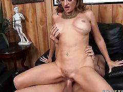 Xander Corvus buries his rock solid love torpedo in fuck hungry Mya Mayess mouth