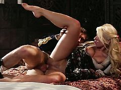 Anikka Albrite has fire in her eyes as she gets her nice face covered in love cream