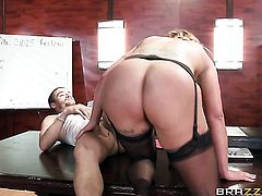 Latina Eva Notty with big butt is totally happy to be face fucked by Xander Corvus over and over again