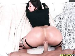 Johnny Sins uses his rock hard pole to bring blowjob addict Brunette Kendra Lust to the height of pl
