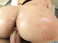 Brunette Sheena Ryder with big bottom cant get enough and takes dick in her loose back yard over and over again