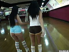Brunette chachita Luscious Lopez with round booty is too horny to resist Bobbi Starrs twat and gives it a lick