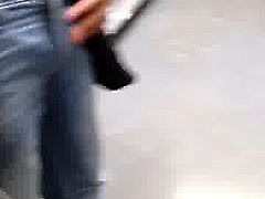 str8 married flashing in mall