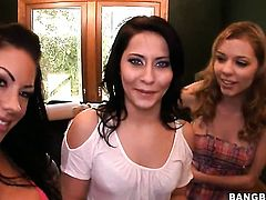 Brunette Madison Ivy with big booty shows lesbian sex tricks Nicole Ray with desire