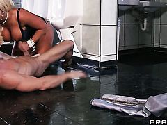 Johnny Sins admires fabulously hot Alura Jensons body before she takes his worm in her deep down her throat