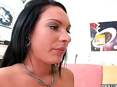 Brunette porn diva Kitty Bella with bubbly booty just loves to suck and cant say No to horny guy