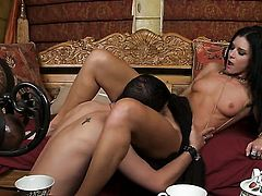 India Summer is ready to spend hours sucking mans love stick non-stop