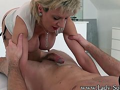 Lady Sonia lucky Twitter follower blowjob handjob massage