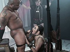 Danica Dillon offers her fuckable mouth to hard dicked guy