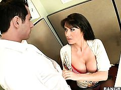 Brunette Eva Karera with phat bottom gets painted with love juice