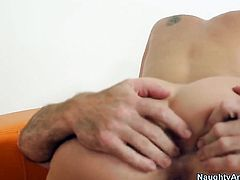 Justin Magnum whips out his rod to fuck yummy Katie Summerss cunt