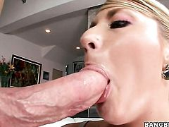 Blonde Missy Woods with bubbly ass cant wait to be pumped in the ass by her hot sex partner