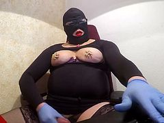 silent pain 1 P7 needle in my nipples red overknees wanking