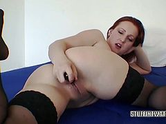 Czech housewife Sanna is fucking her hot twat with a toy