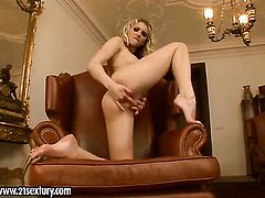 Blonde Gia makes her sexual fantasies come true in solo action