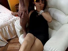 A BITCH SECRETARY IN FULL ANAL SEX