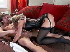 Brandi Love likes to be in charge. She is doing a blow job to get her guy in the right mood while wearing some really hot lingerie. Then she gets pussy licking.