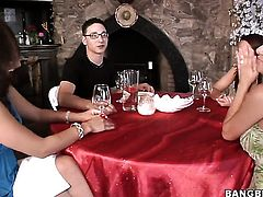 Sativa Rose and Alexis Breeze both have great lesbian sex experience