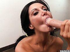 Sex crazed vixen takes meat pole in her hands cause her man is never enough