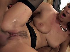 Mature milf cougar in lingerie and heels fucks really good