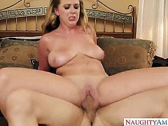 Bruce Venture loves always wet warm love hole of Exotic Brooke Wylde with bubbly booty and trimmed muff