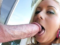 Blonde Brandy Blair with juicy butt gives headjob