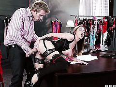 Brooklyn Chase has sex in office