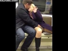 sUBWAY fINGER bANG.flv